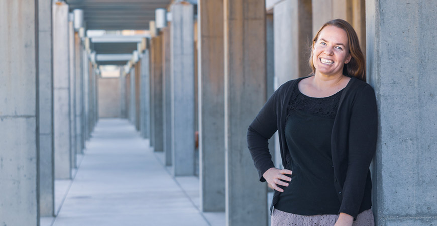 Chancellor's Postdoctoral Fellow Colleen Cheverko's research focuses on the interactions between growth disruptions due to experiences during childhood and subsequent mortality risk as adults.