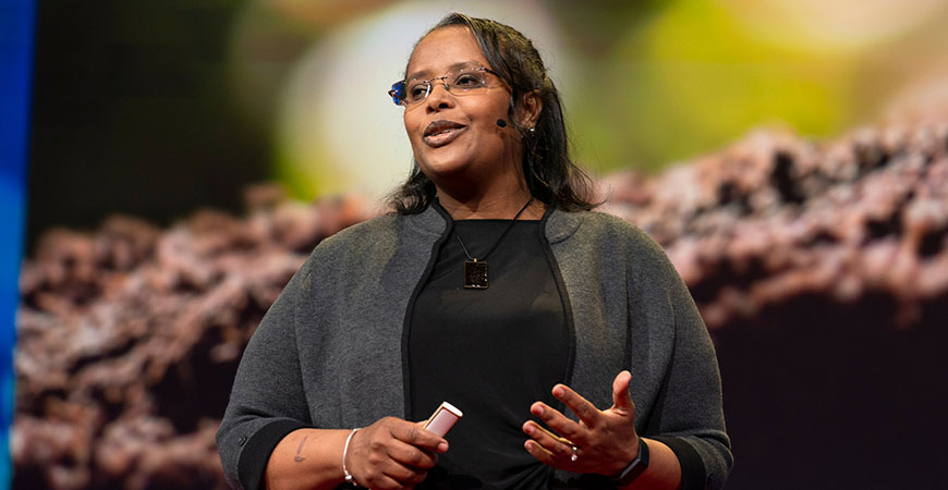 Professor Berhe delivers her TED talk.