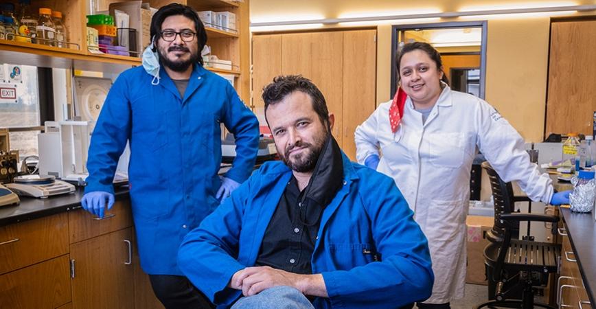 Professor Sukenik and graduate students in lab